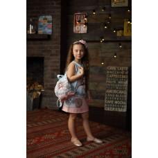 Платье с рюкзаком